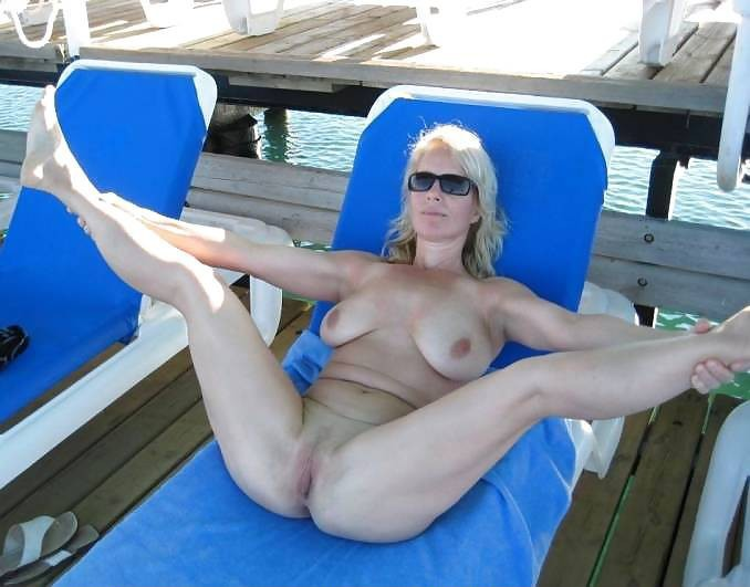 brunette milf office solo boobs glasses pics and huge tits porn at big boobs #socalsex  #pool  #tits  #slutwife  #hotwife