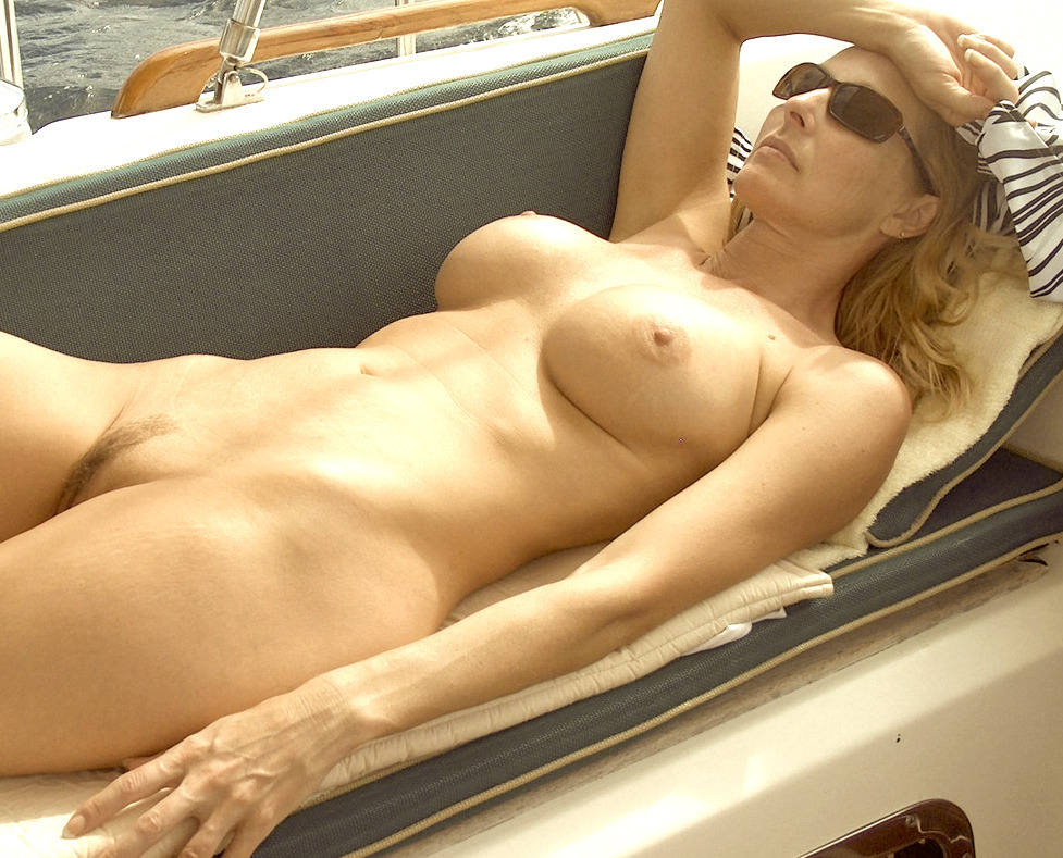 dirty rotten whore more porn then you can handle #lovely#nudewoman#sunbathing#nicenaturaltits#trimmedbush