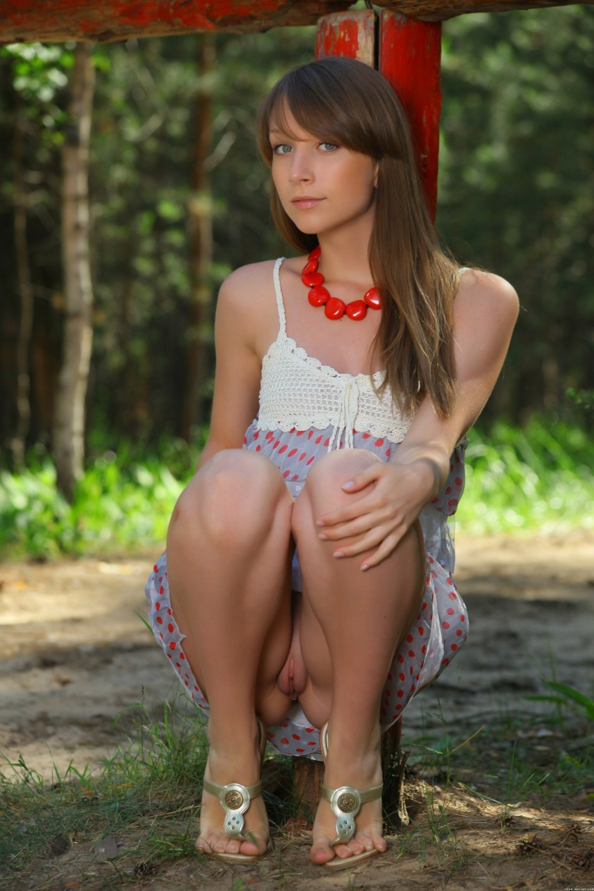 sexy pictures of charlie rose at onlytease #boobs #fetish #flashing #humiliate #nopanties #outdoors #pussy #sister #tease #teen #voyeur #young