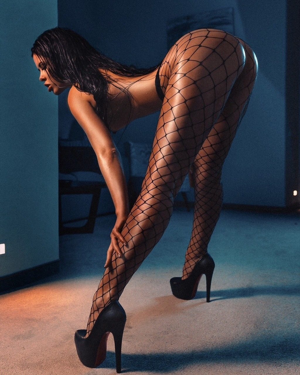 supersexy long haired brunette giving a state of art footjob
