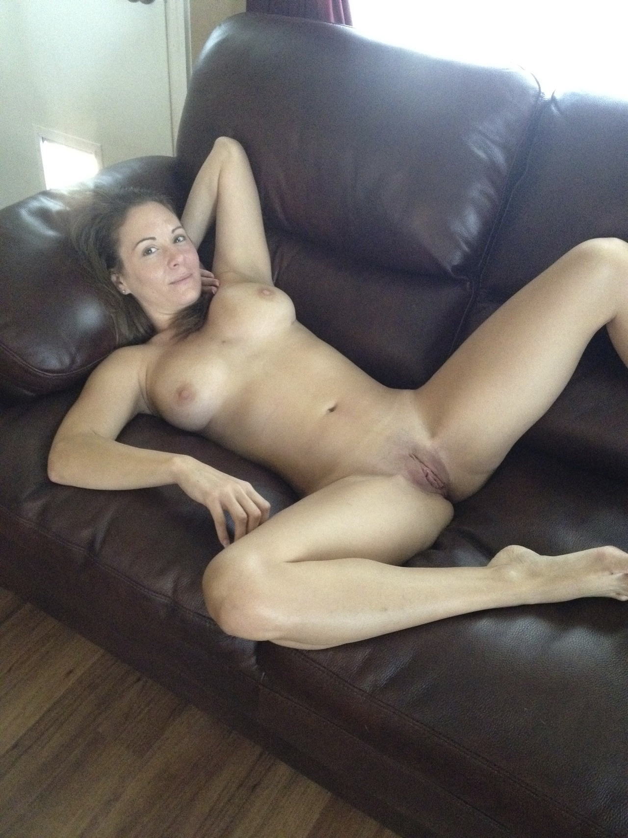 free pornstar kira queen images and galleries